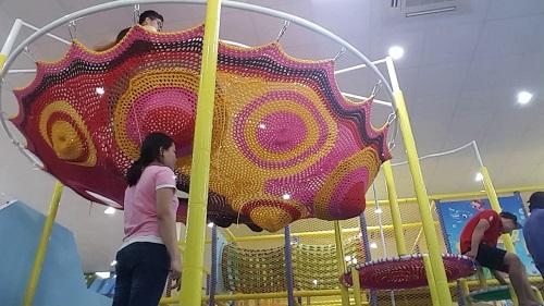khu vui chơi đan dây skynext