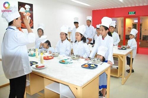 Khu nấu ăn