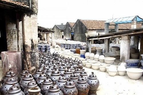 làng gốm bát tràn địa điểm vui chơi ở hà nội